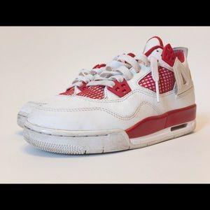 🚨STEAL DEAL FOREAL🚨2015 Nike Air Jordan IV SZ 4Y
